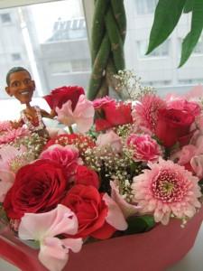 花束にオバマも感激!